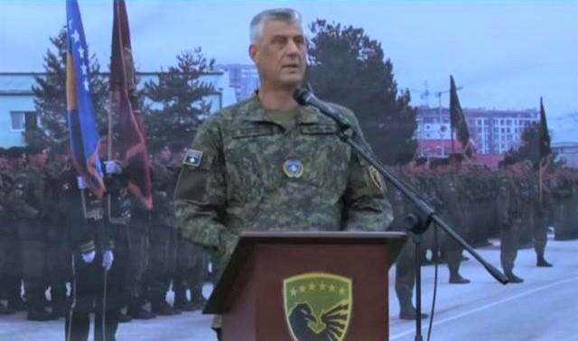 Presidenti Thaçi drekon me ushtarët e FSK-së
