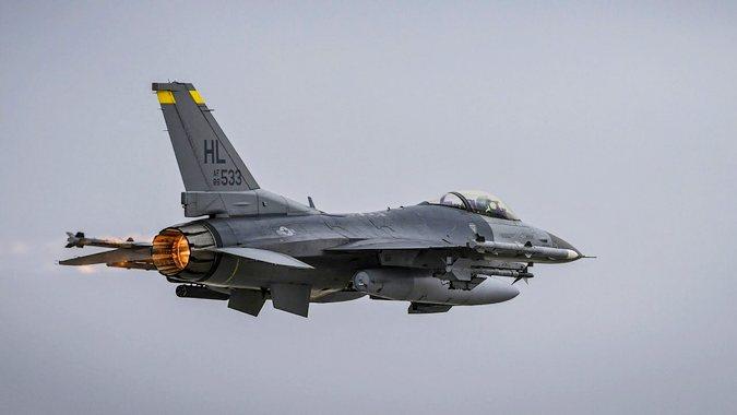 Bullgaria zëvendëson MIG-at rusë me F-16 amerikanë