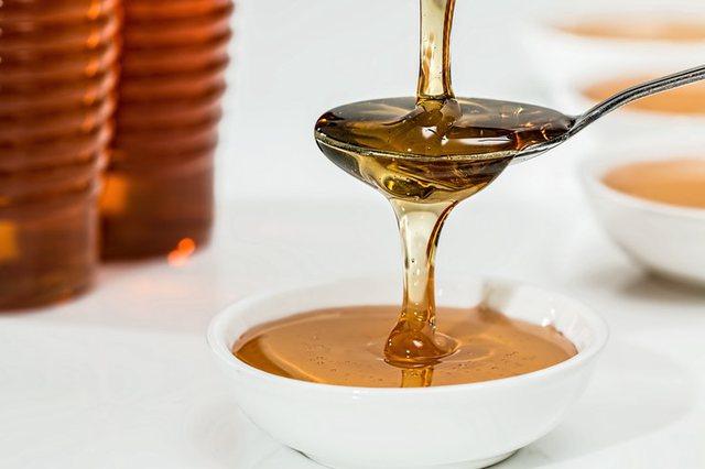 Ja çfarë ndodh me trupin tuaj nqs hani mjaltë dhe kanellë çdo ditë