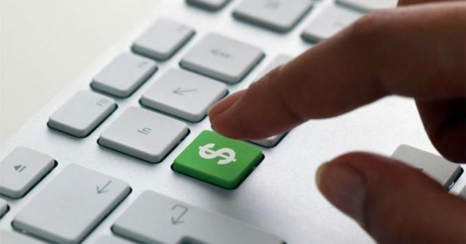 Qytetarët e Maqedonisë shpenzojnë mesatarisht nga 20 euro për onlajn transaksion te tregtarët vendas