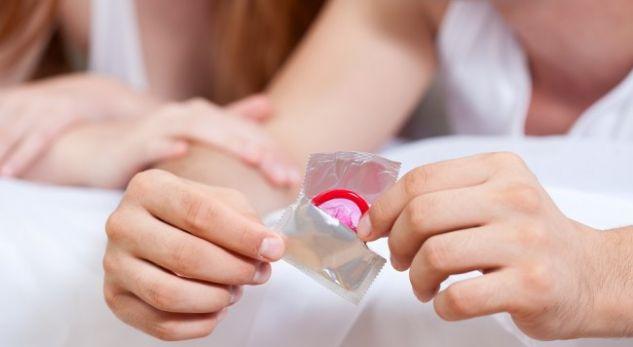 """""""I vjen fundi"""" kohës së prezervativit! Del mënyra e re për t'u mbrojtur"""