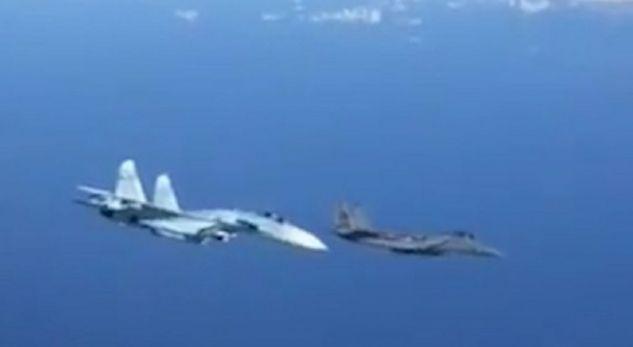 """""""Betejë"""" në ajër mes Rusisë dhe SHBA-së"""