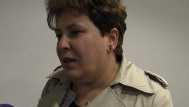Deputetja Stojçevska: Nuk e kam ditur se djali im ka aplikuar për punë në ELEM