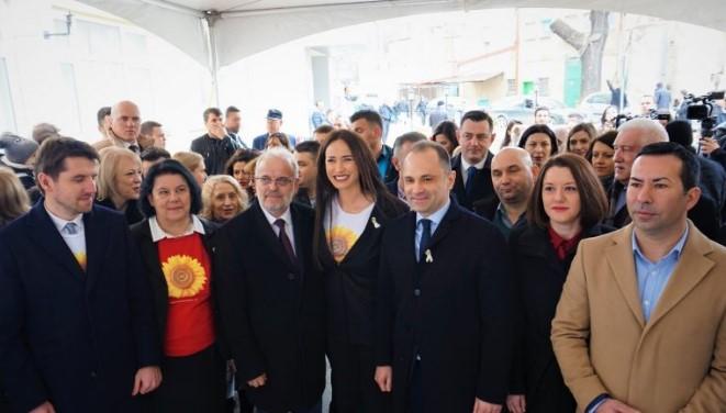"""""""Ti je një lule dielli"""" mbyll fushatën humanitare në Maqedoni"""