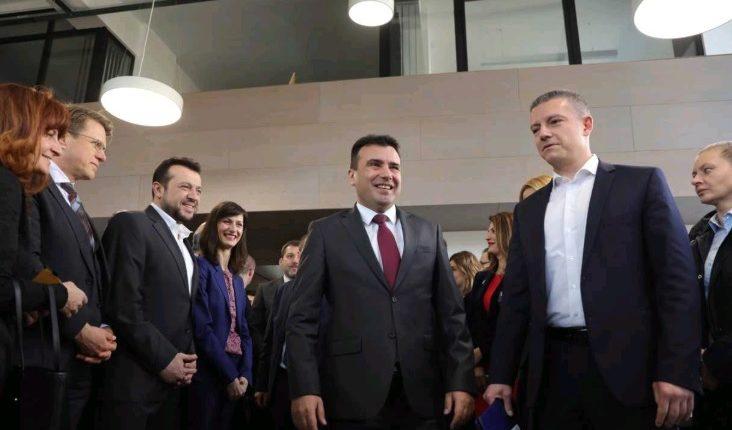 Zaev: Një pjesë e funksionarëve do të heqin dorë nga punësimi në firmat shtetërore