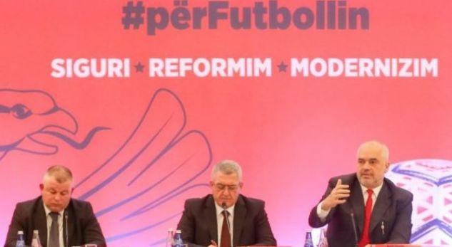 Vendos Edi Rama: Tri vjet burg kushdo që hyn në fushë të futbollit!