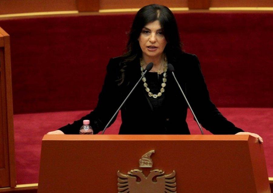 """Rama mund të zgjedhë Jozefina Topallin, si presidente"""