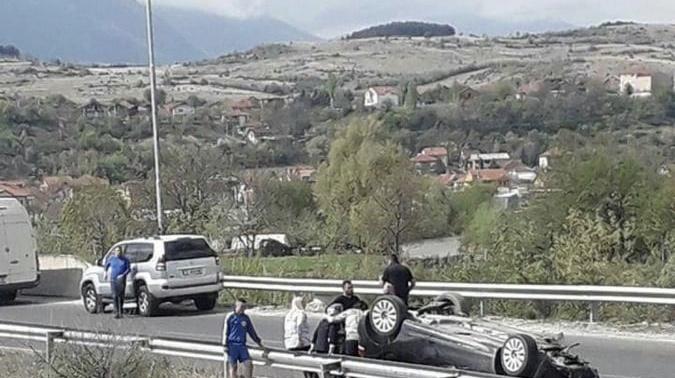 Aksident i rëndë në dalje të Shkupit, lëndohen 4 femra, njëra shtatëzënë (Foto)