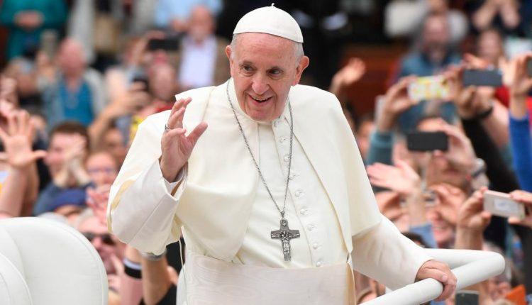 Maqedonia po përgatitet për vizitën e Papa Françeskut