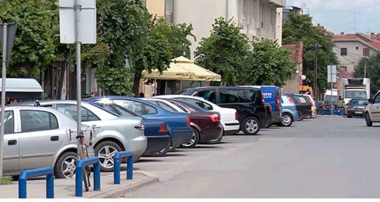 Prej nesër deri të premten parkim falas në Qendër