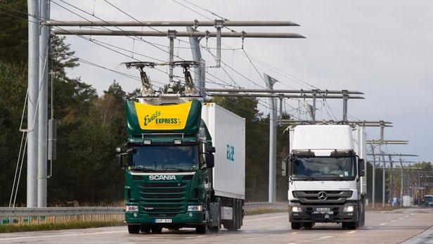 Gjermania lëshon autostradën e parë elektrike për kamionë (VIDEO)