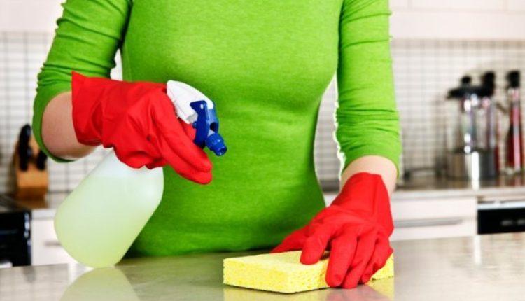Mos bëni gabim të pastroni në aneks me këtë detergjent; mund të shkaktojë deri në kancer të mushkërive