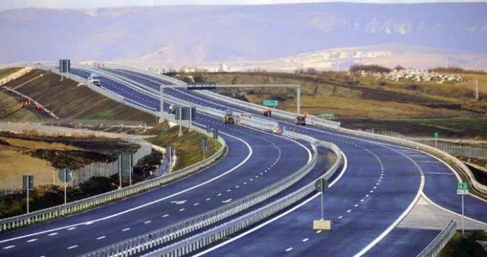 """Autostrada """"Arbën Xhaferi"""" pritet të hapet më 29 maj"""