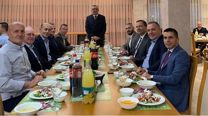 Ministri i MPB-së Spasovski në iftar në Florens – Zhelinë (FOTO)