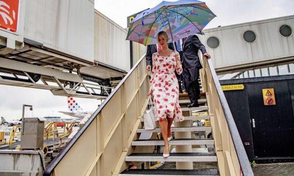 Ivanka Trump viziton Hagën, komentuesit e pyesin se për çka akuzohet