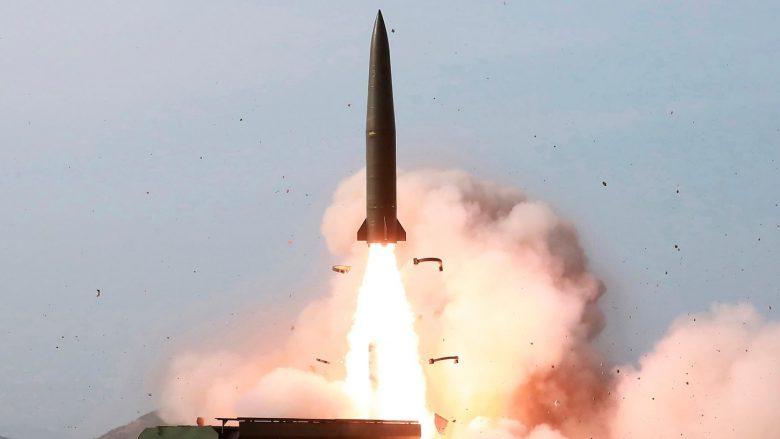 """Nëntë vendet që kanë armë bërthamore – të dhëna që tregojnë se kush janë dy """"kampionët"""" dhe kush vjen pas tyre (Foto)"""