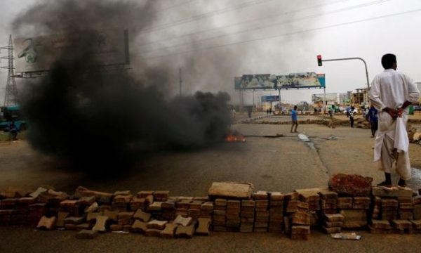 Shkon në 100 numri i të vrarëve në protestën e Sudanit