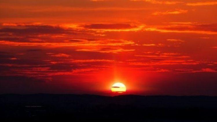Të shohësh perëndimin e diellit është ilaç natyral