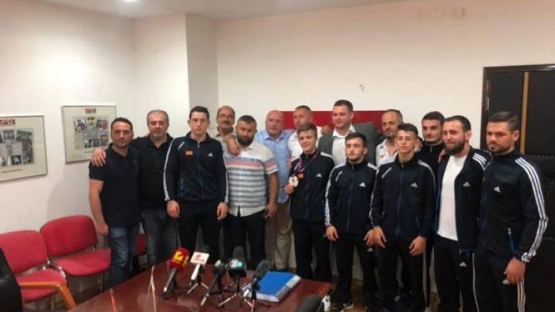Agjencia për Rini dhe Sport do ta shpërblejë Besir Alilin me një milion denarë