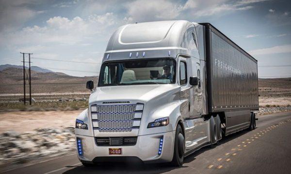 Kanadaja kërkon 48 mijë shoferë kamioni, paga vjetore 80 mijë dollarë