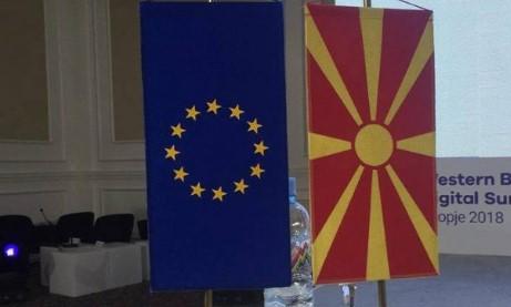 """Maqedonia  vendoset në """"stand by"""" për negociatat me BE-në"""
