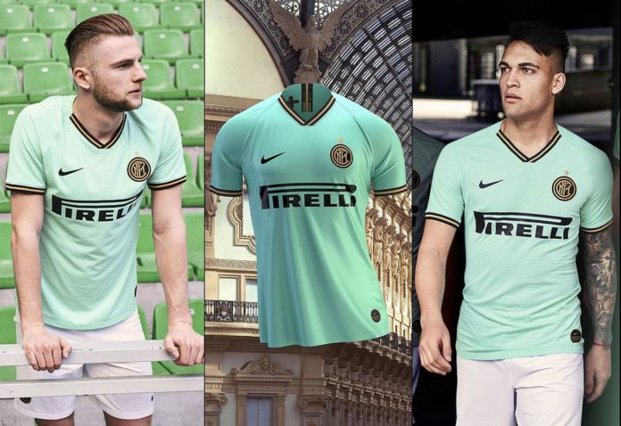 Reali prezanton fanellat e treta, identike si të Interit