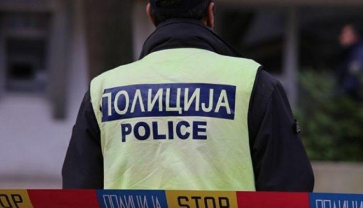 Aksident mes dy veturave në rrugën Kondovë-Sfillare, dy persona përfundojnë në spital