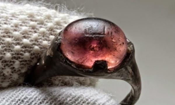 """Në një unazë vikinge shkruante """"Për Allahun"""": Lexojini 6 fakte historike që s'i mësoni në shkollë"""
