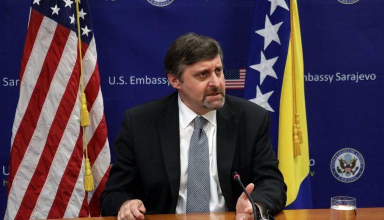 Zv.ndihmës sekretari amerikan Palmer me mesazh të fortë për Shkupin nëse nuk pastrohet rasti 'Haraç'