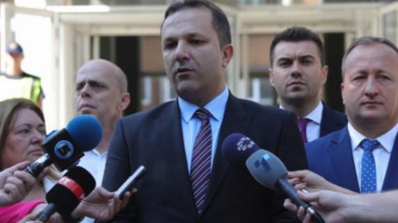 Spasovski: Është koha që të luftojmë kundër kriminelëve dhe banditëve