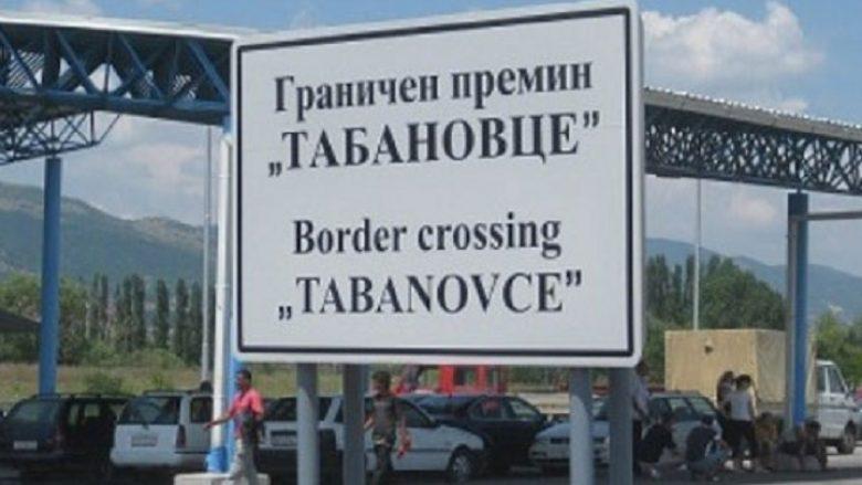 Në vendkalimet kufitare Bogorodicë dhe Tabanoc pritet deri në 30 minuta