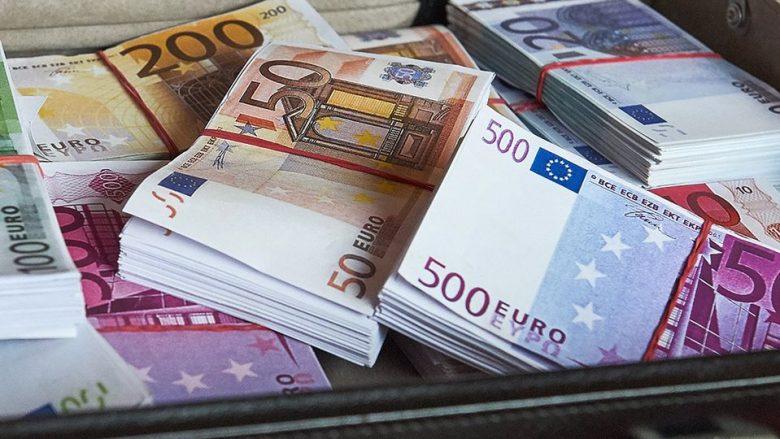Kompanitë në Maqedoni kanë marrë 236.4 milionë euro nga kthimi i TVSH-së