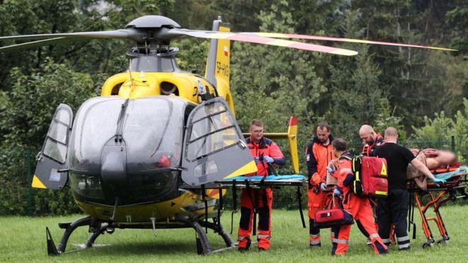Poloni, rrufeja i merr jetën 4 personave, mbi 100 të tjerë të lënduar