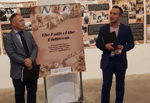 """Në Nju-Jork u hap ekspozita """"Rrugës së të drejtëve"""""""