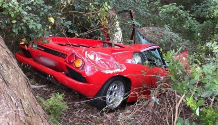 Bleu Lamborghini-n për gjysmë milioni, nuk i zgjati as edhe një ditë (FOTO)