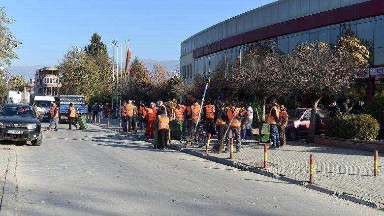 Pastrim i përgjithshëm në komunat e Shkupit, do të largohen edhe mbishkrimet fyese