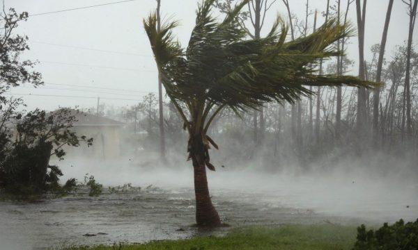 """Së paku pesë të vdekur nga uragani """"Dorian"""""""