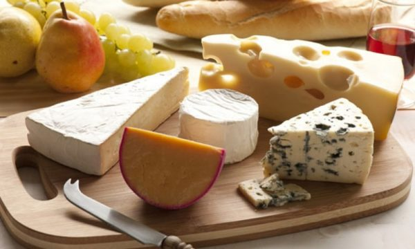 A ndikon djathi në humbjen apo shtimin e peshës