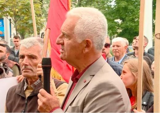 Shqiptarët protestojnë në Shkup kundër diskriminimit