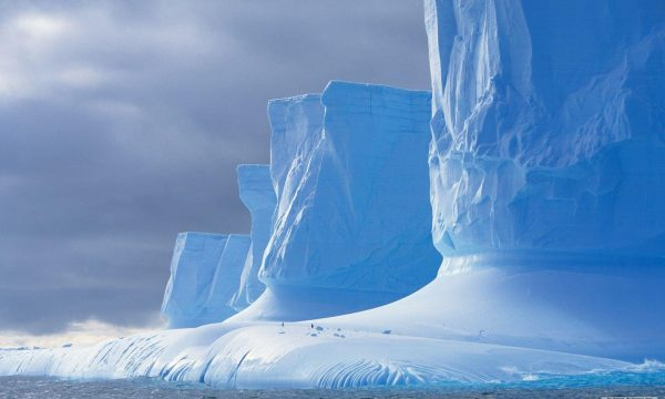 Akullnajat në Zvicër po shkrihen me shpejtësi marramendëse