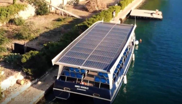Anija solare prezantohet në Liqenin e Ohrit