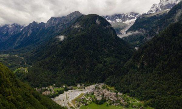 Goditja më vdekjeprurëse: Si po shemben në mënyrë të pazakontë alpet në Evropë
