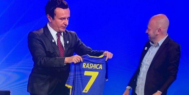 Kurti për herë të parë do të shkojë në stadium për Kosovën, kundër Malit të Zi
