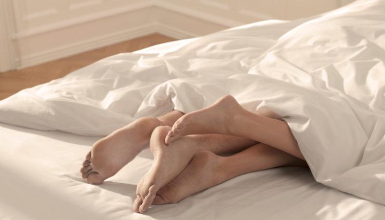 Më efektive se viagra: Kjo gjë po bën meshkujt të zgjasin 12 orë në shtrat