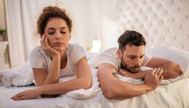 10 gabimet që femrat i bëjnë në fillim të lidhjes