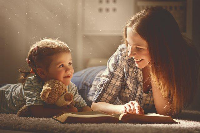 Çfarë thotë shkenca për vajzat që rriten pa babanë!?