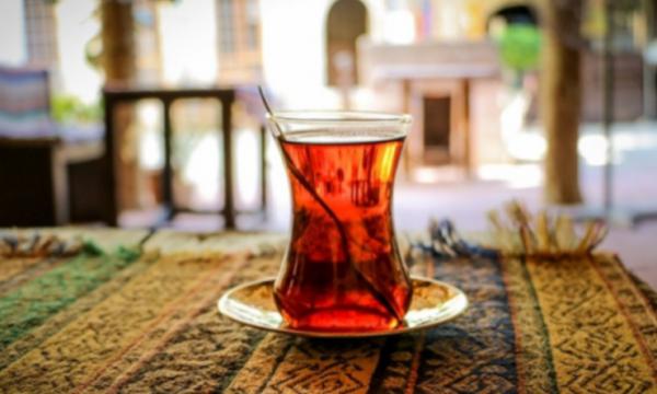 Ata që pinë çaj rregullisht, kanë tru më të shëndetshëm