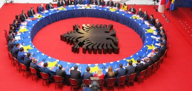 Sondazh interesant i raporteve Kosovë – Shqipëri: Bashkimi kombëtar, njohuritë, martesat…