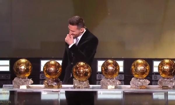 Flet Messi pasi rrëmbeu për herë të gjashtë 'Topin e Artë' (VIDEO)