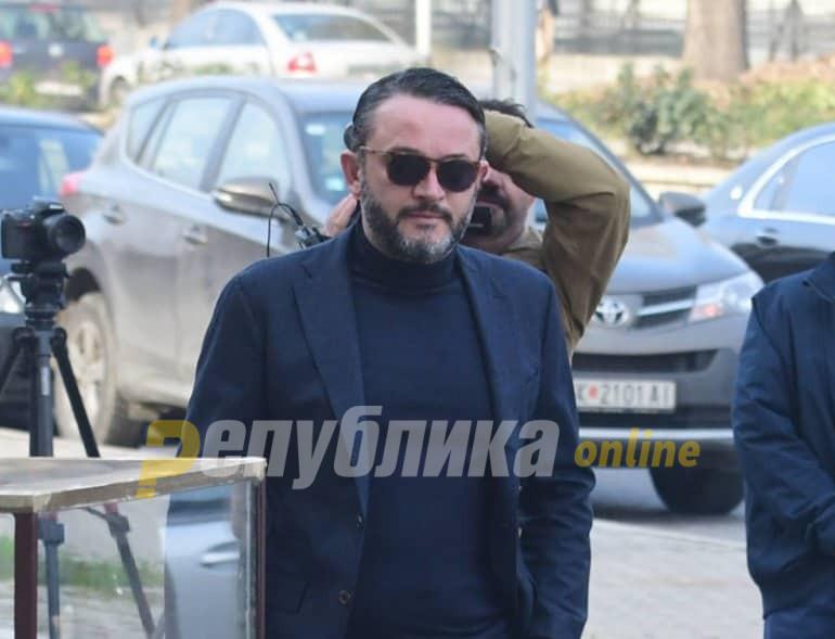 Kamçeva nuk erdhi, pas ankesave gjykatësja i thotë Boki 13 se do ta nxjerr nga seanca